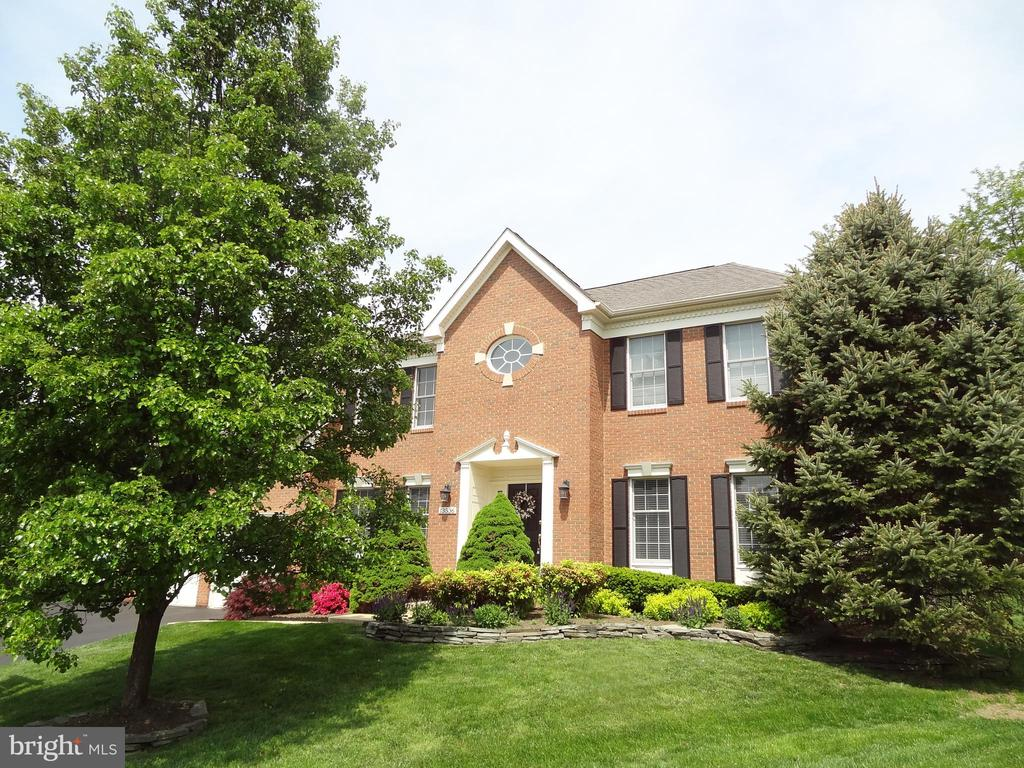 WELCOME TO 13536 HEATHROW LANE - 13536 HEATHROW LN, CENTREVILLE