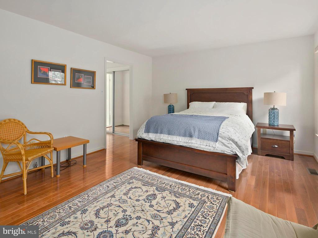 Master bedroom - 1232 BISHOPSGATE WAY, RESTON