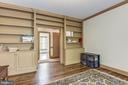 Lots of built in shelves throughout - 6412 NOBLE ROCK CT, CLIFTON
