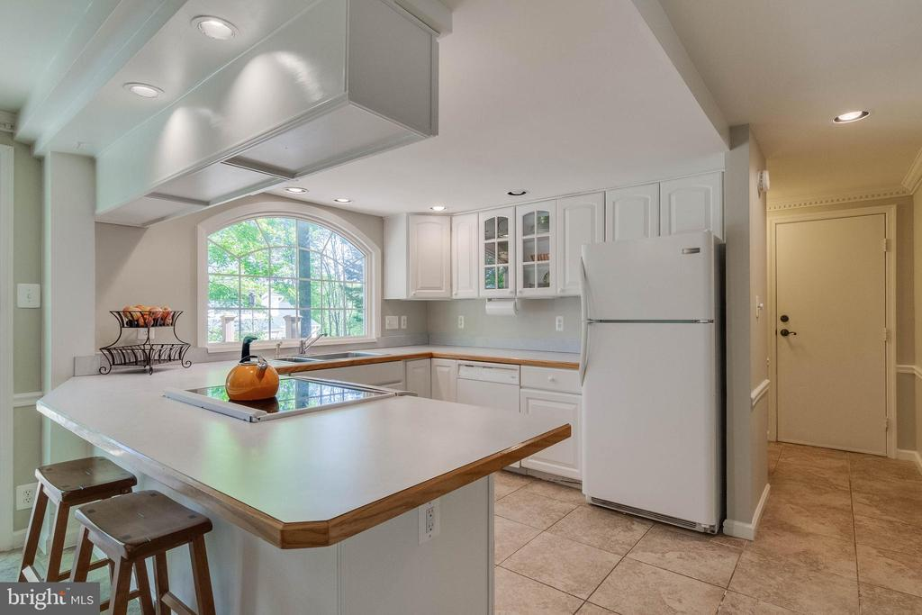 Kitchen - 4378 SPILLWAY LN, DUMFRIES