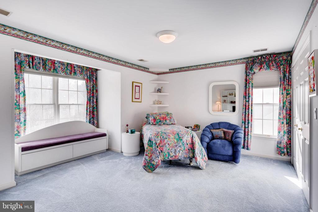 Indulge in a Book on the Window Seat - 7904 STARBURST DR, BALTIMORE