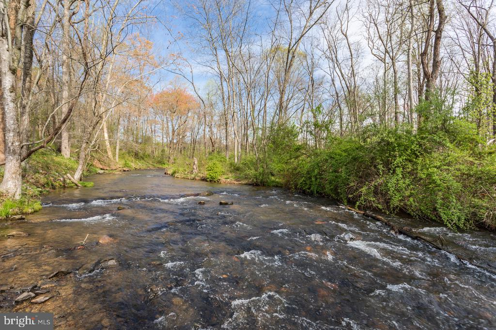 Hittles Mill stream - 4 WINDSOR LODGE LN, FLINT HILL