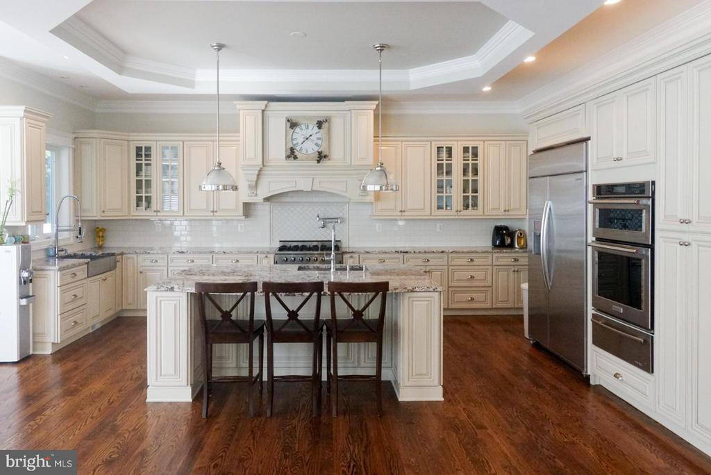 - 7015-A WOODLAND DR, SPRINGFIELD