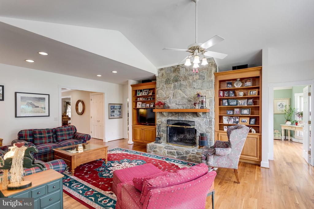 Main Level Family Rm w Stone Hearth Fireplace. - 10114 LAWYERS RD, VIENNA