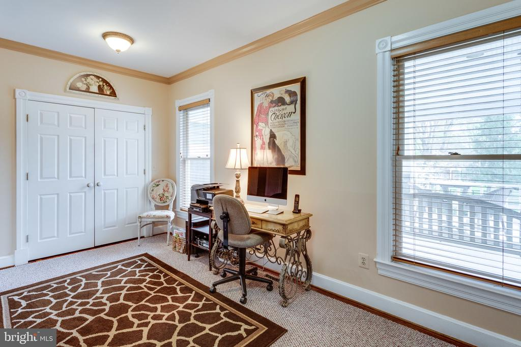 Main Level Study with Views to Front Porch. - 10114 LAWYERS RD, VIENNA