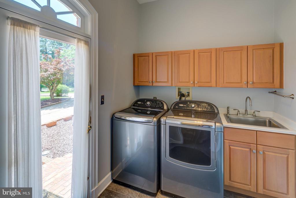 Laundry Room - 9531 RIVER RD, POTOMAC