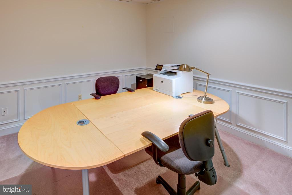 Basement Office - 9531 RIVER RD, POTOMAC
