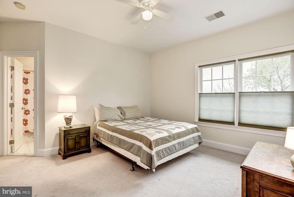 Second Bedroom - 35054 MCKNIGHT CT, ROUND HILL