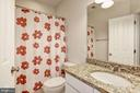 with Private Bath - 35054 MCKNIGHT CT, ROUND HILL