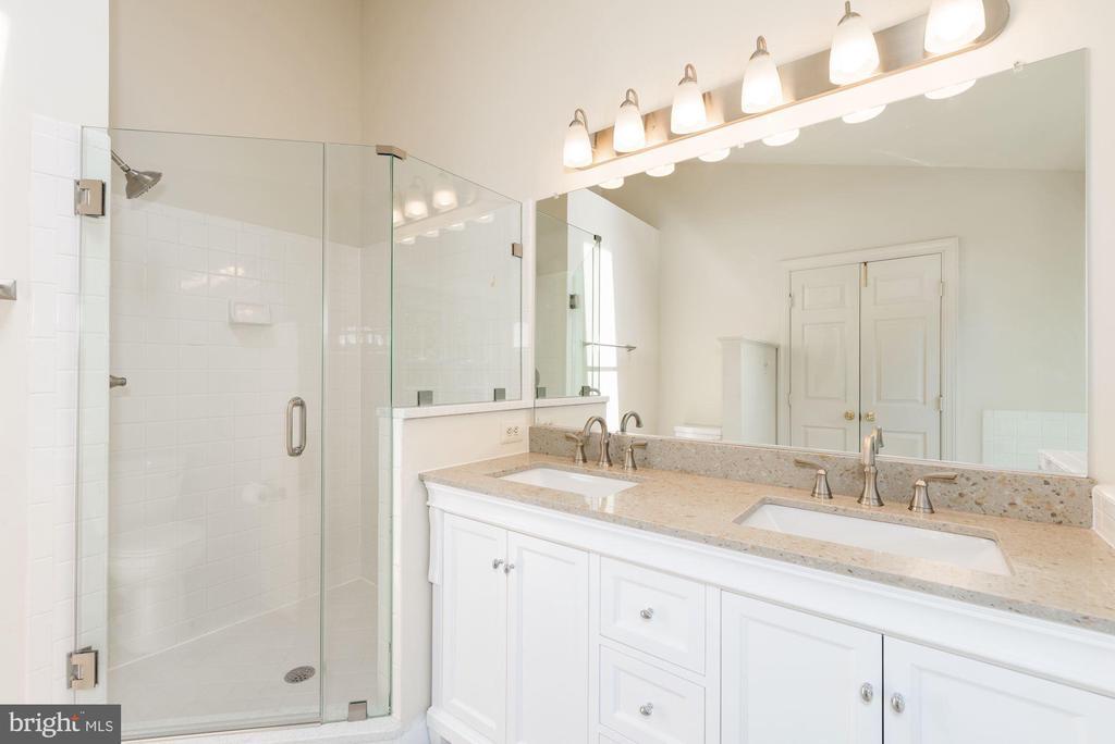 New  seamless  shower doors, New LIgiting - 2200 JOURNET DR, DUNN LORING