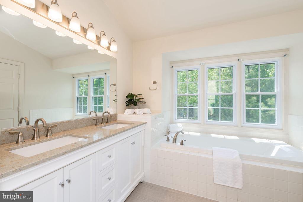 Master Bath  New  Granite Counter, New lights - 2200 JOURNET DR, DUNN LORING