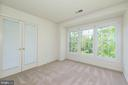 Be d 2   vaulted ceiling - 2200 JOURNET DR, DUNN LORING