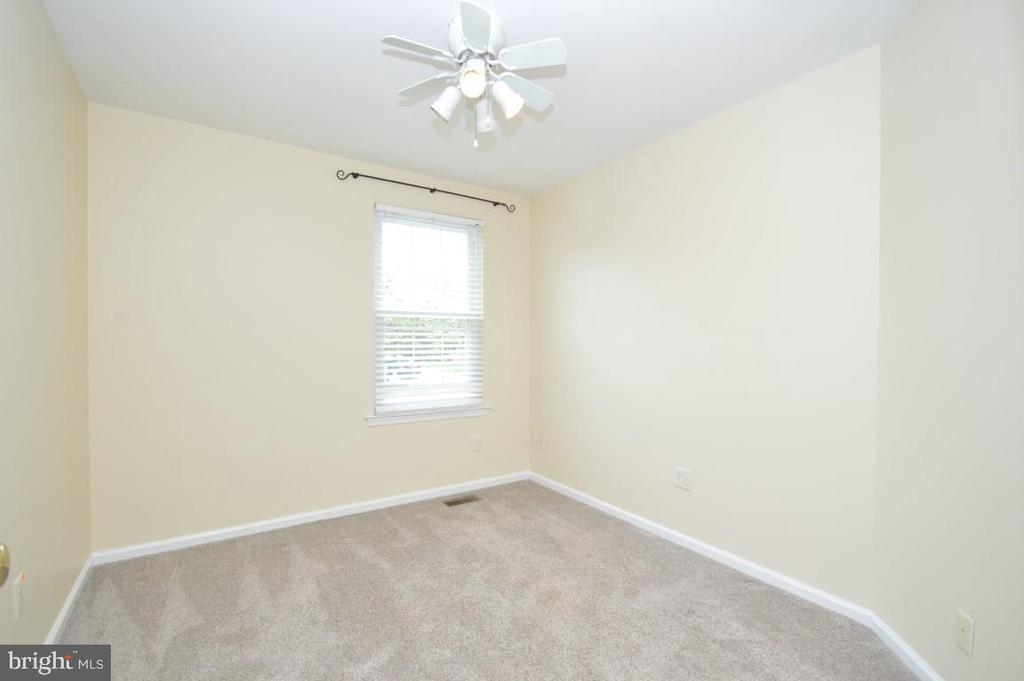 Bedroom #3/Den/Office - 3 WORTHINGTON CT, STERLING