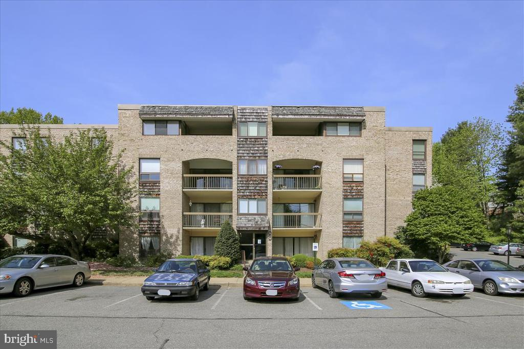 429  CHRISTOPHER AVENUE  68, Gaithersburg in MONTGOMERY County, MD 20879 Home for Sale