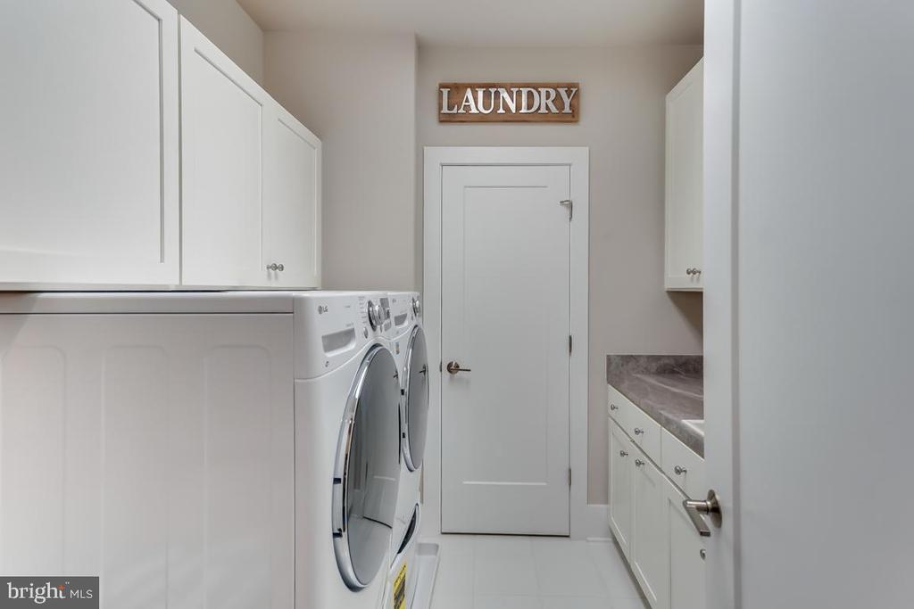 Spacious Laundry Room - 44658 BRUSHTON TER, ASHBURN