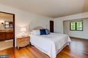 Bedroom 3 w/Full Bath and a Sitting Nook - 833 LONDONTOWN RD, EDGEWATER