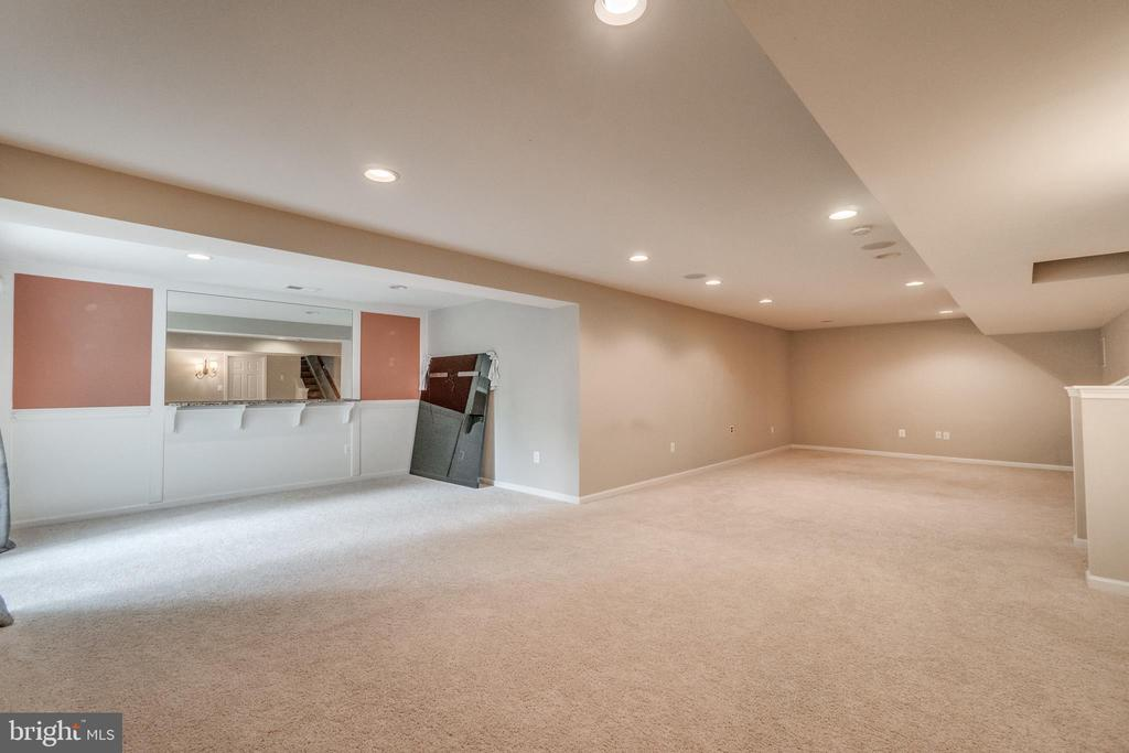 Carpeted Finished Basement - 5723 WOODBINE CT, FREDERICKSBURG