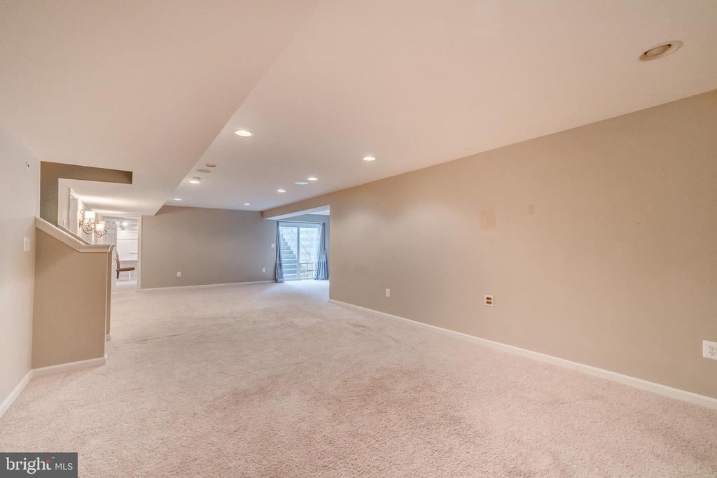 Basement is Wired for Surround Sound! - 5723 WOODBINE CT, FREDERICKSBURG