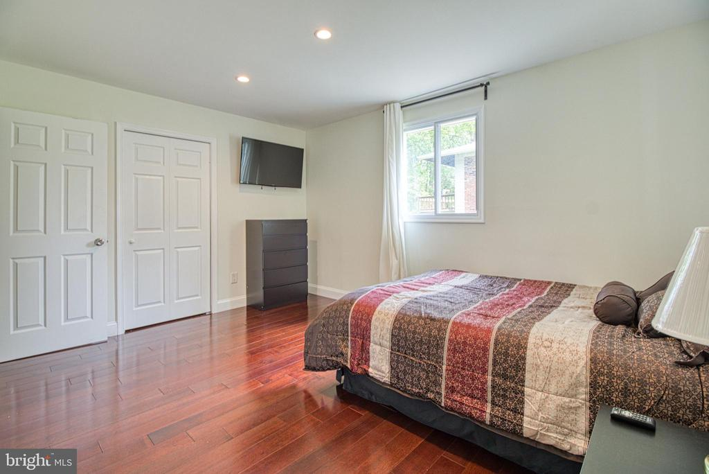 Owners Suite upper level - 6800 CAPSTAN DR, ANNANDALE