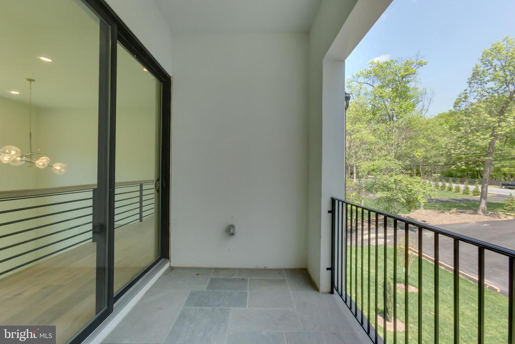 Second Level Terrace - 4408 OLLEY LN, FAIRFAX
