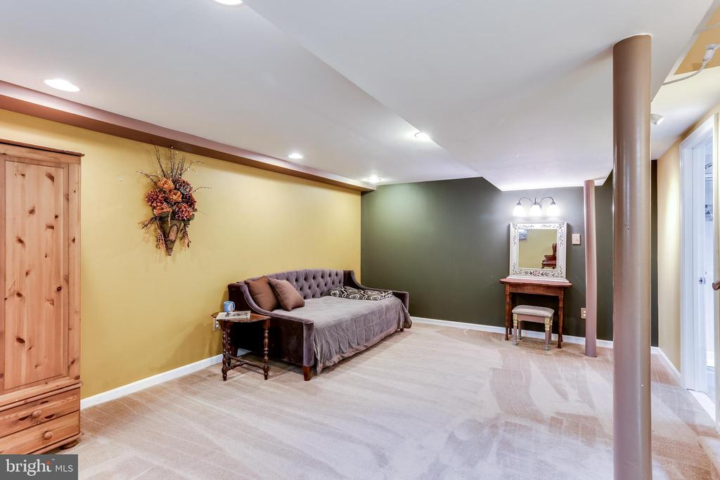 Finished Basement with Recreation Room - 6106 SEBRING DR, COLUMBIA