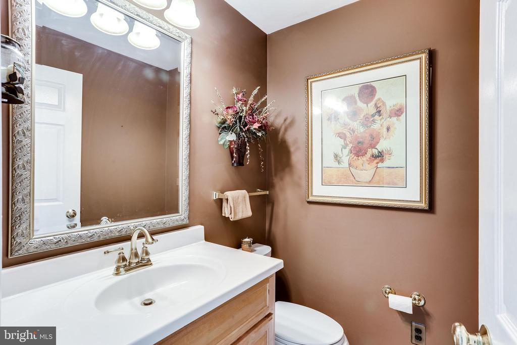 Main Level Half Bathroom - 6106 SEBRING DR, COLUMBIA