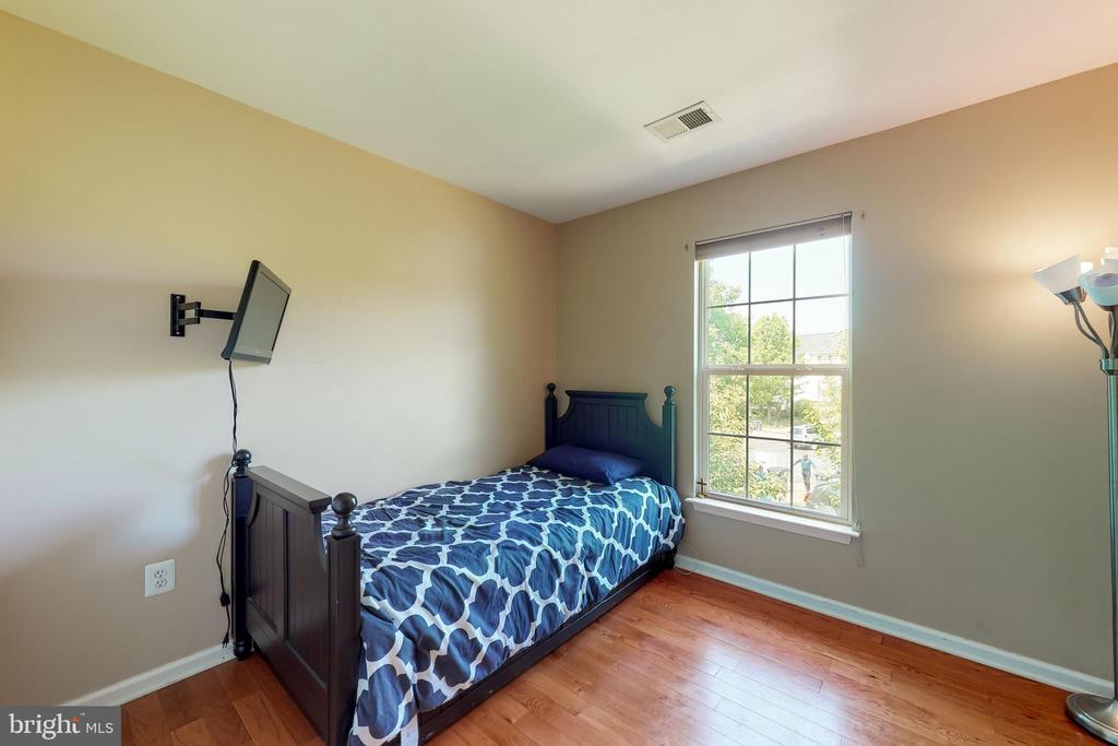 Second Bedroom - 17529 BRISTOL TER, ROUND HILL