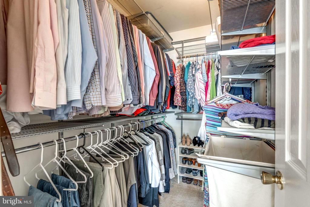 Large Walk in Closet with Plenty of Shelving - 2582 LOGAN WOOD DR, HERNDON
