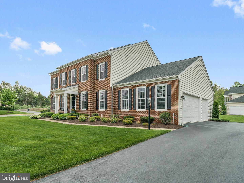 Single Family for Sale at 41537 Goshen Ridge Pl Aldie, Virginia 20105 United States