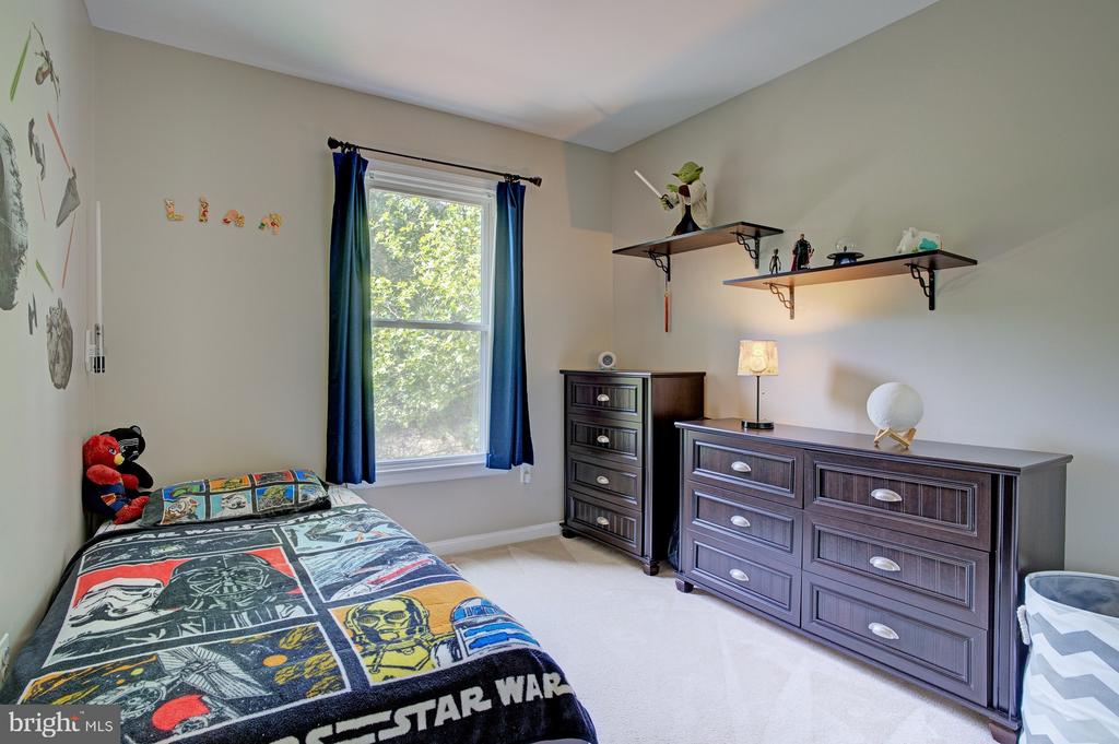 second bedroom - 6900 COMPTON VALLEY CT, CENTREVILLE