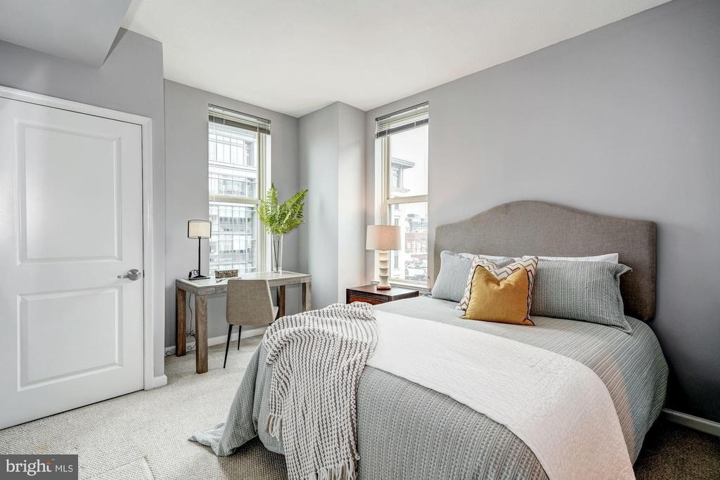 Spacious second bedroom - 715 6TH ST NW #1003, WASHINGTON