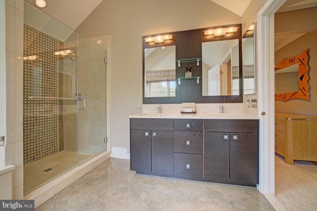 Gorgeous, custom, ~renovation.~~Dual shower heads. - 10753 BLAZE DR, RESTON