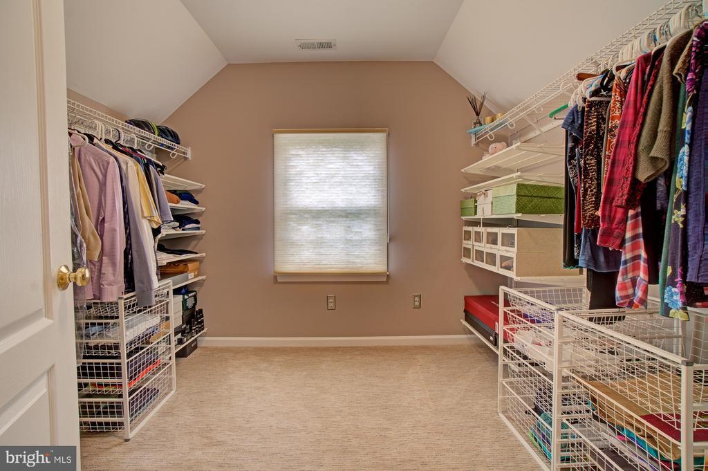 Walk In Master Bedroom closet. - 10753 BLAZE DR, RESTON