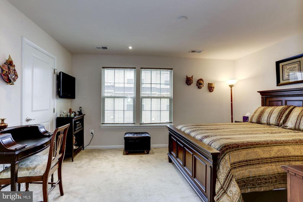 Second Bedroom - 3814 HANSBERRY CT NE, WASHINGTON