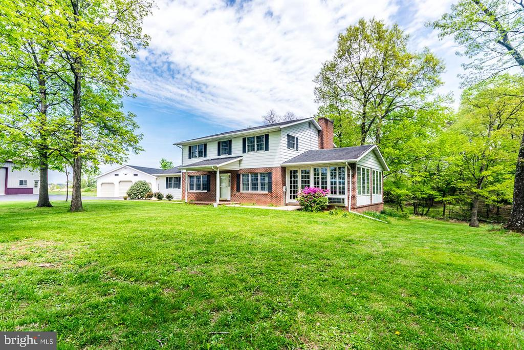 - 1461 EAGLE SCHOOL RD, MARTINSBURG