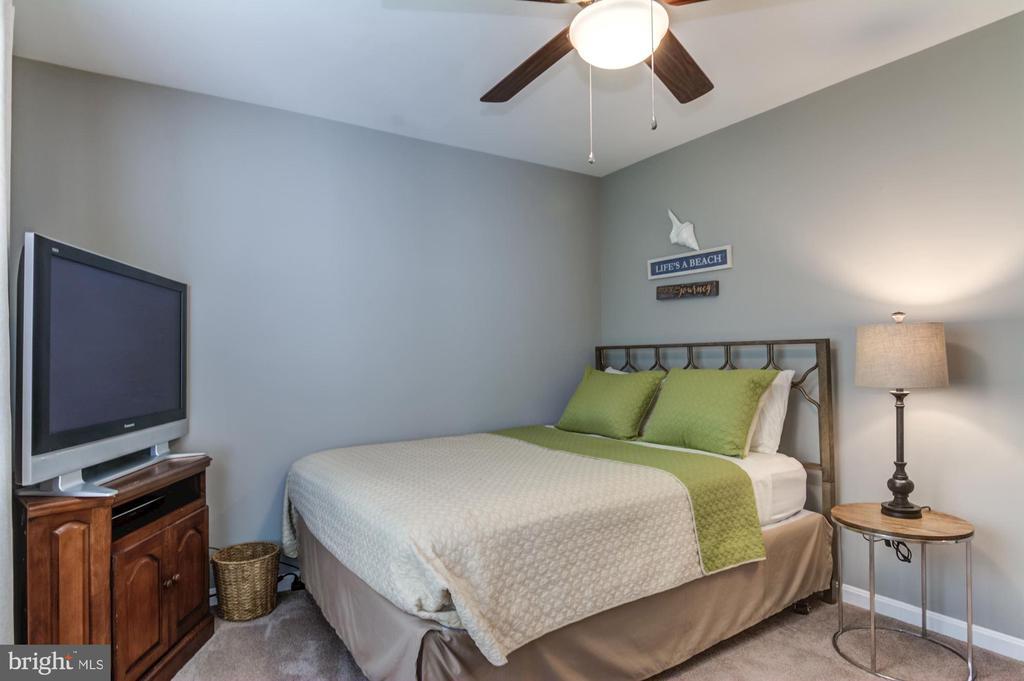 Bedroom #3 - 15536 BOAR RUN CT, MANASSAS