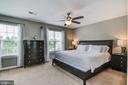 Beautiful master bedroom - 15536 BOAR RUN CT, MANASSAS