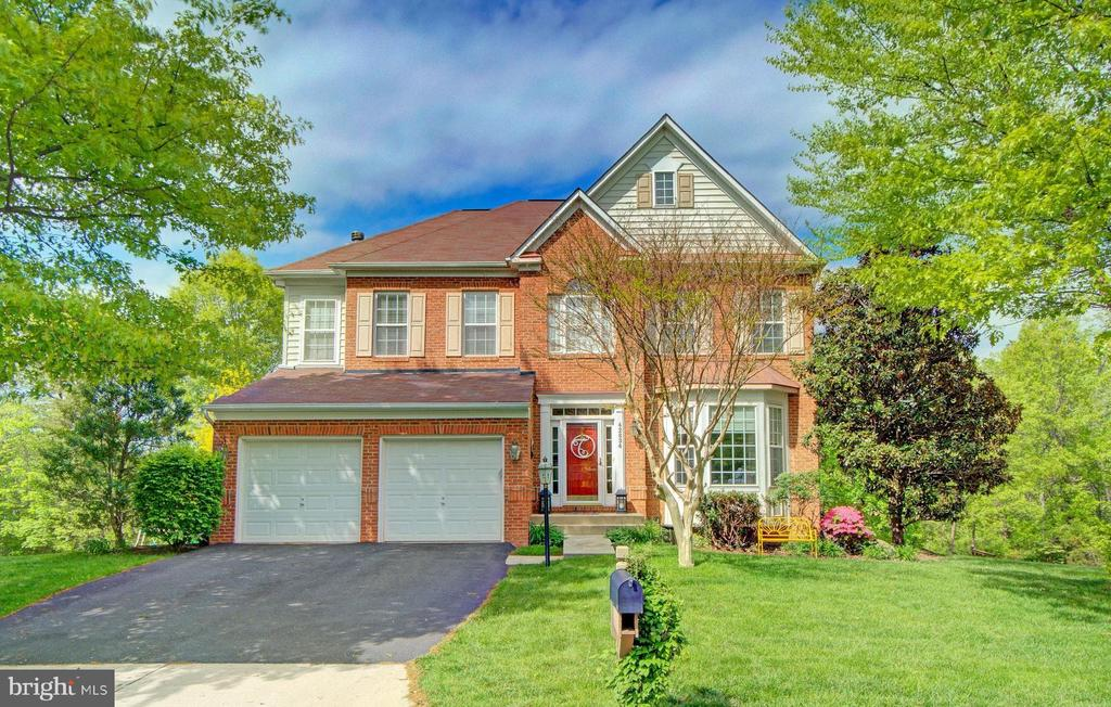 Make This Your Home! - 42834 MEANDER CROSSING CT, BROADLANDS
