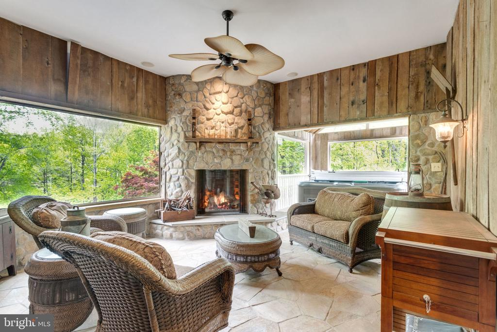 Loggia Fireplace keeps you warm - 3195 ARIANA DR, OAKTON