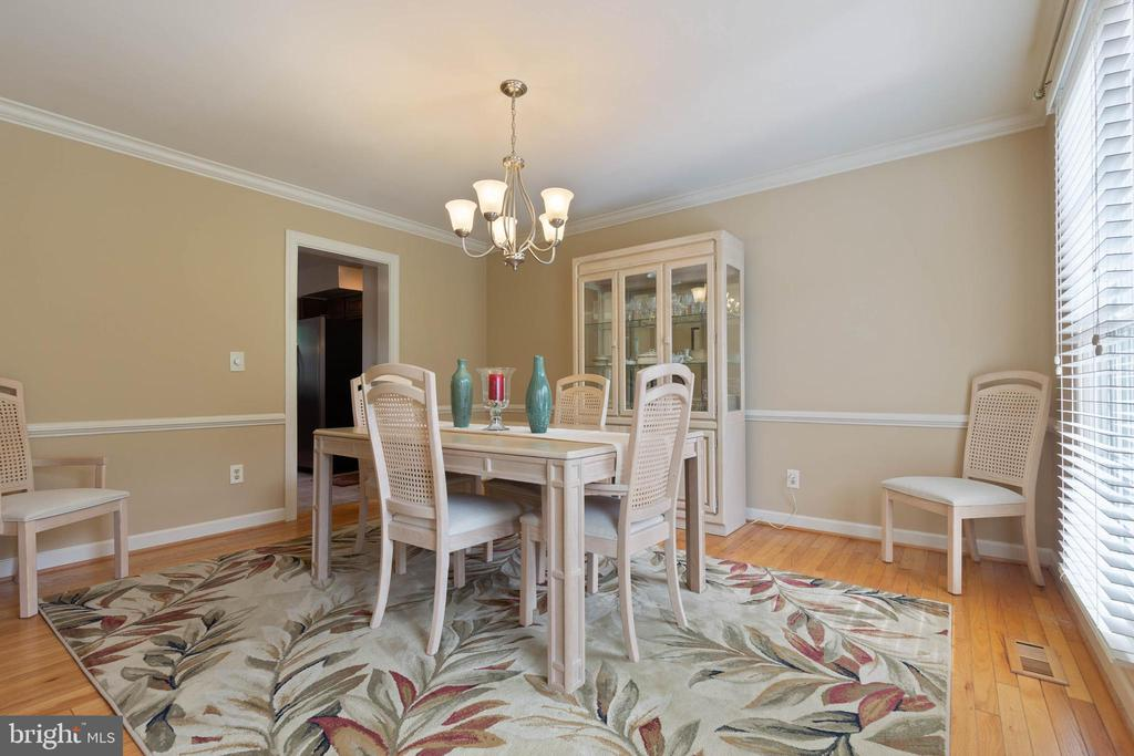 Dining Room - 15616 NEATH DR, WOODBRIDGE