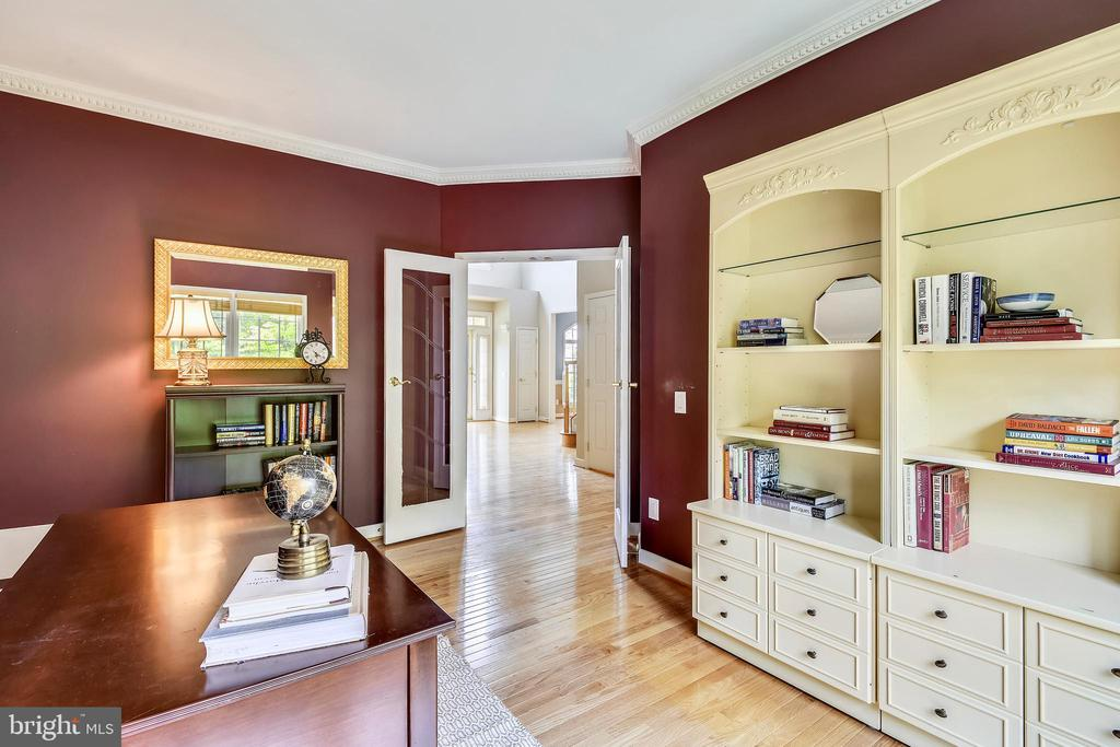 Perfect Office Space with French Doors! - 6846 CREEK CREST WAY, SPRINGFIELD