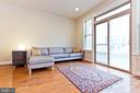 Tons of natural light/Living Room - 2624 S KENMORE, ARLINGTON