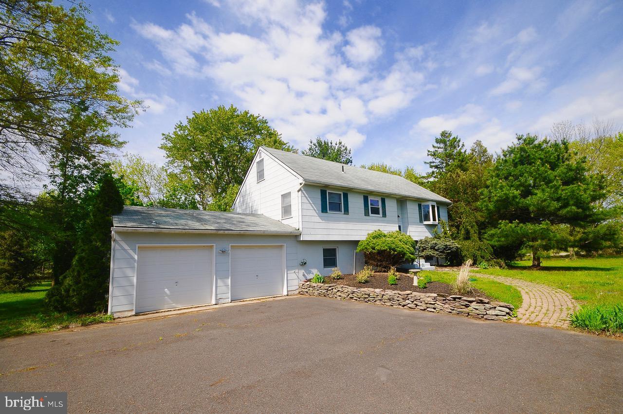 single family homes para Venda às Jobstown, Nova Jersey 08041 Estados Unidos