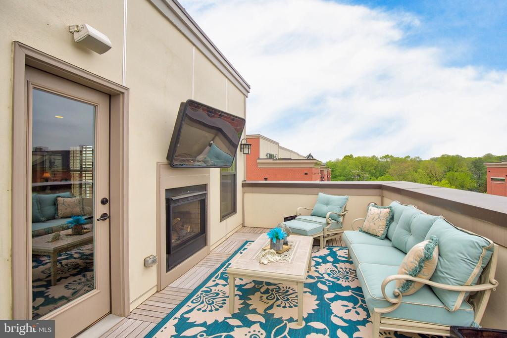 4th level Outdoor terrace - 235 CRESCENT STATION TER SE, LEESBURG