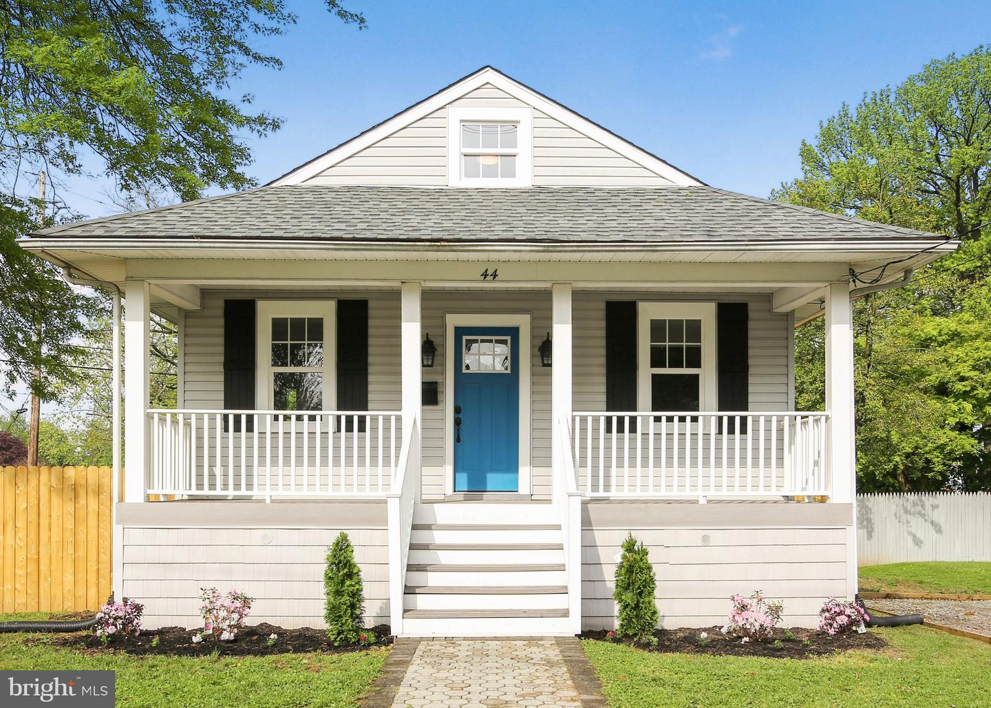 Single Family Home for Sale at Maple Shade, New Jersey 08052 United States
