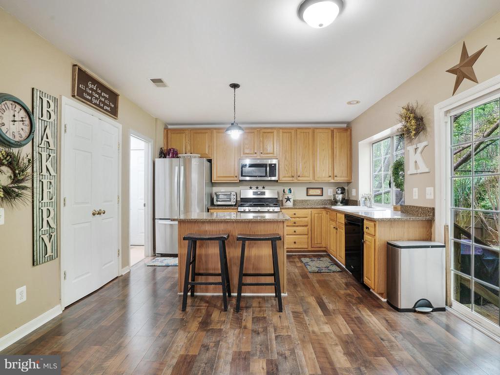 Kitchen - 5947 HARVEST SUN RD, WOODBRIDGE