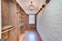Custom master closet - 5100 26TH RD N, ARLINGTON