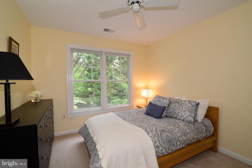 Upper level bedroom #4. - 2403 SAGARMAL CT, DUNN LORING