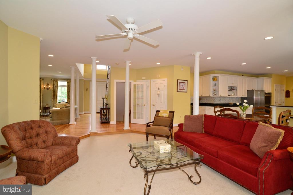 View of family room with open floor plan. - 2403 SAGARMAL CT, DUNN LORING