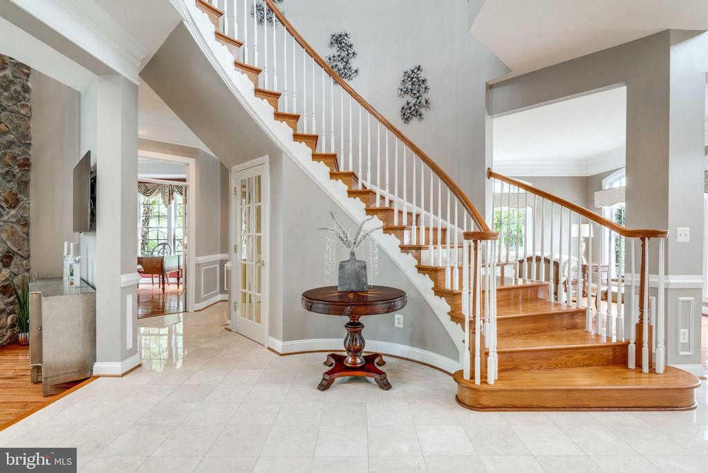 View of Library & Step down to Great Room - 42841 SANDHURST CT, BROADLANDS